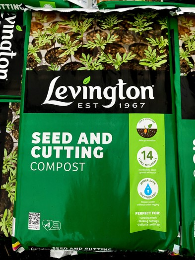 Levington seed and cutting compost 20ltr